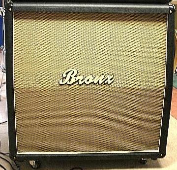 """BRONX MASTERPIECE 4 X 12"""" Speaker Cabinet"""
