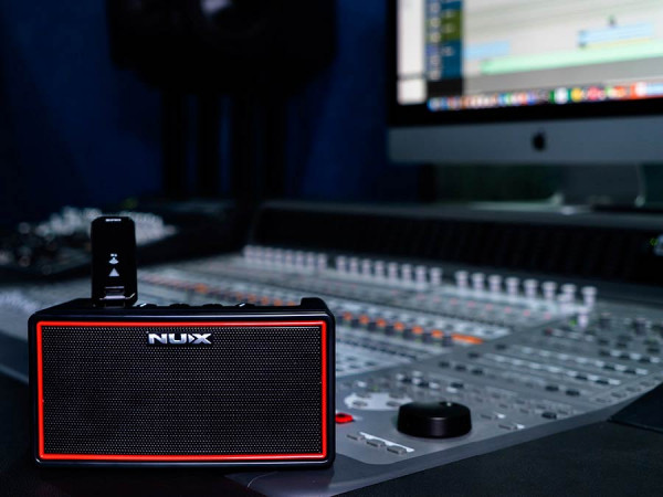 MIGHTY AIR |NUX wiederaufladbarer Stereo-Gitarrenverst. inkl. Sender