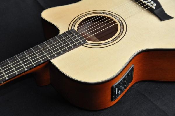 Tomay AGSC1EQ Westerngitarre mit TA und Stimmgerät, vollmassiv