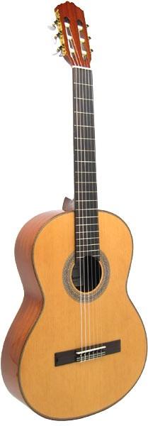 Delgada 3/4 Konzertgitarre